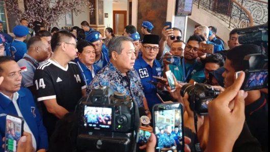 Mata SBY Berkaca-kaca Sa'at Beberkan Insiden Baliho dan Bendera Demokrat Dirusak